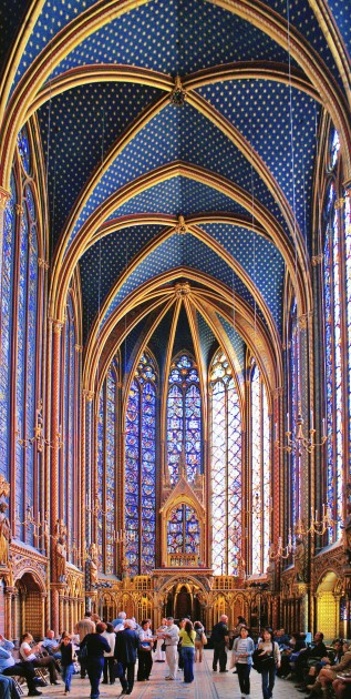 Sainte-Chapelle, Paris, completed 1248. Image courtesy Wikipedia.
