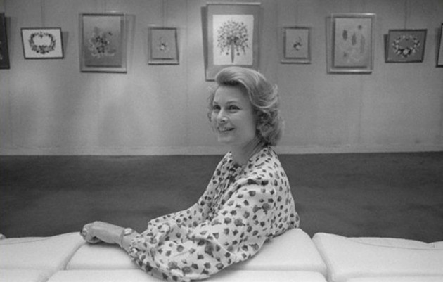 Grace Kelly at an exhibition of her flowers at Galerie Drouant in Paris, 1977